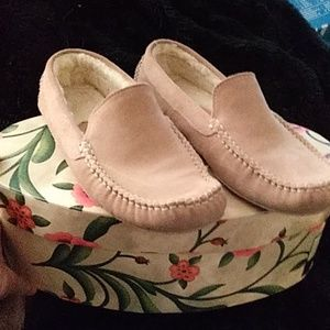 Cole haan pink suede slippers 6.5